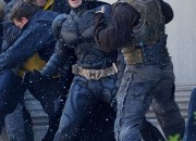 batman-bane-fight-PA-2-550x735