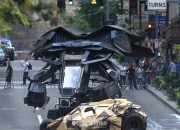 dark-knight-rises-batwing-set-photo-02