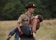 The-Walking-Dead-episode-2-rick-carl